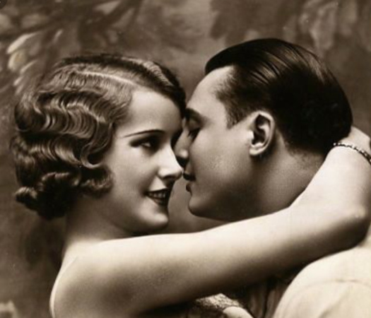 """""""Voglio un amore doloroso"""" - Poesia di Gabriele D'Annunzio   L'arte di guardare l'Arte"""